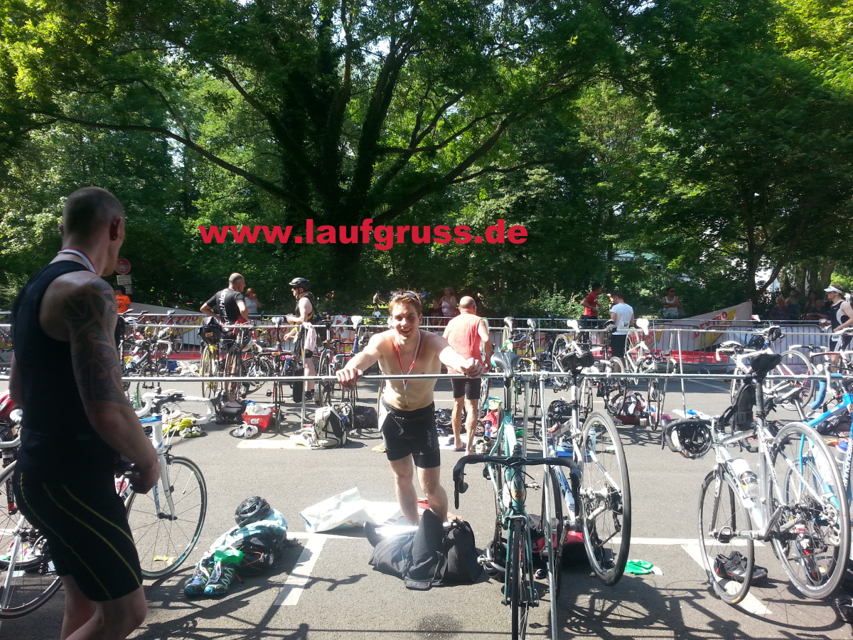 Berlin Triathlon 2014 Finish